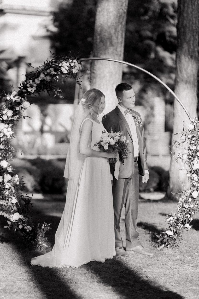 greenery esküvő,zöld esküvői dekoráció, elegáns esküvői dekoráció, wedding decor budapest, greenery zöld, termésszetes esküvői dekoráció,arany esküvői dekoráció, esküvői dekoráció 2020, esküvői dekoráció,botanica vendégház, botanica, dántszentmiklós, hotel botanica esküvő, stílusos vidéki szállodál,botanica étterem, esküvő-botanica vendégház, blush wedding decor,vidéki esküvő helyszínek,esküvő helyszín budapest környéke, 50 fős esküvő helyszín