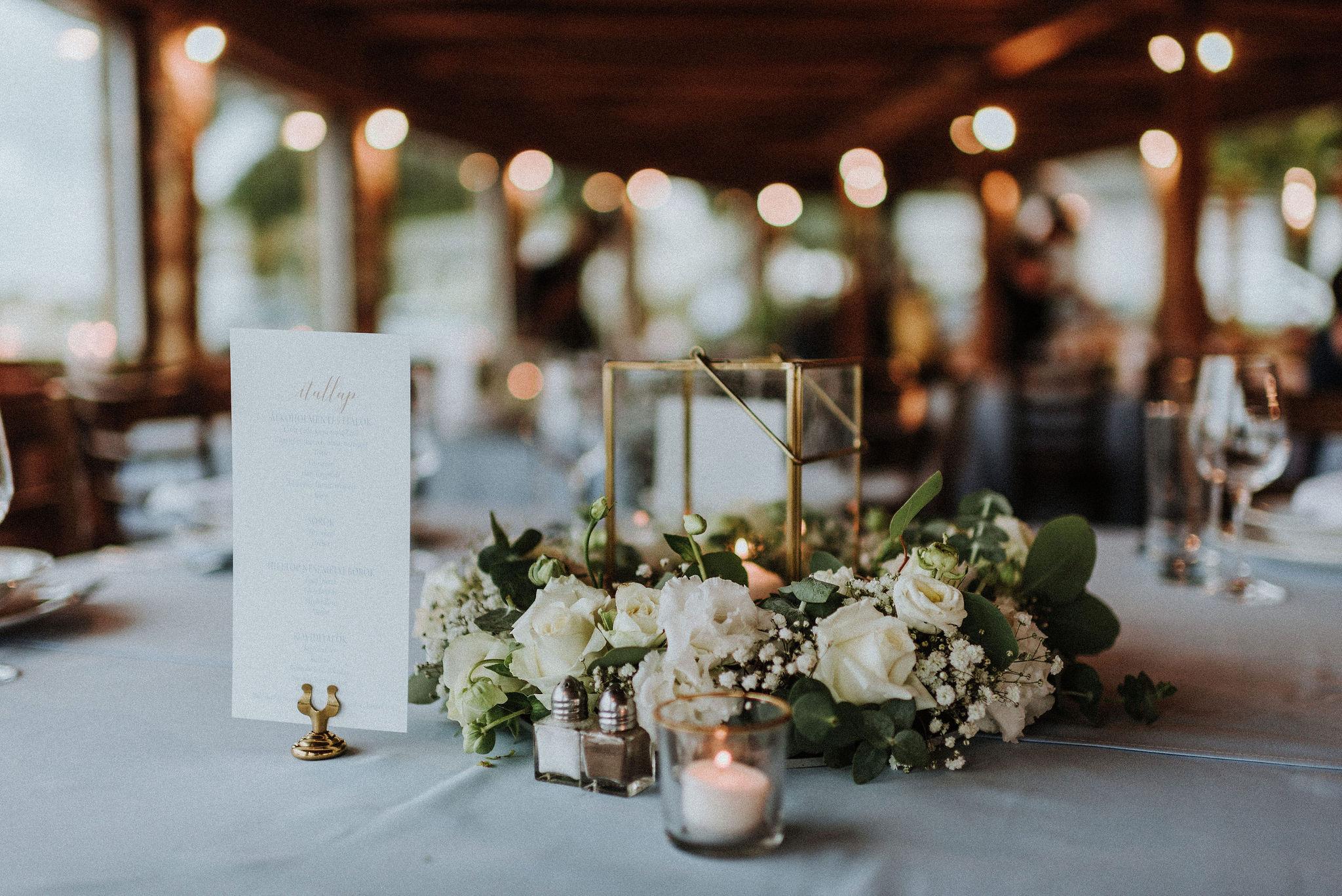 Asztali dekoráció esküvő