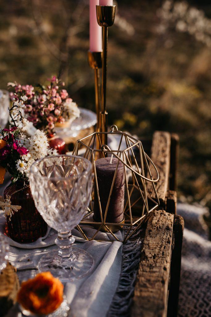 bohém esküvő, rusztikus esküvő, esküvő dekor, Blush Wedding Decor, virdzso photo, esküvői inspiráció, daalarna, Budaörs, piknik inspiráció, esküvő, esküvői ruha, torta, fromjuci