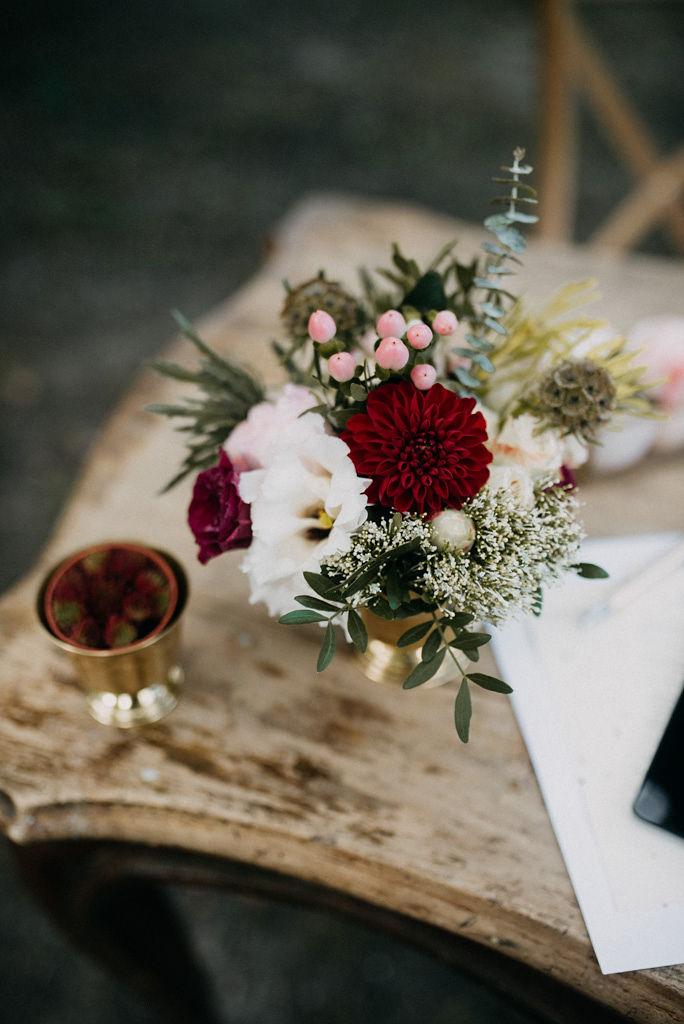 öreg tölgy fogadó, pusztazámor, pusztazámor esküvő, dress the day wedding hire, the wedding foy, esküvő dekor, polgári ceremónia, x hátú szék
