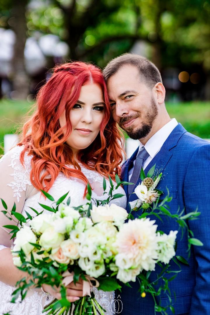 wedding wood-budapest-esküvői-dekoros-